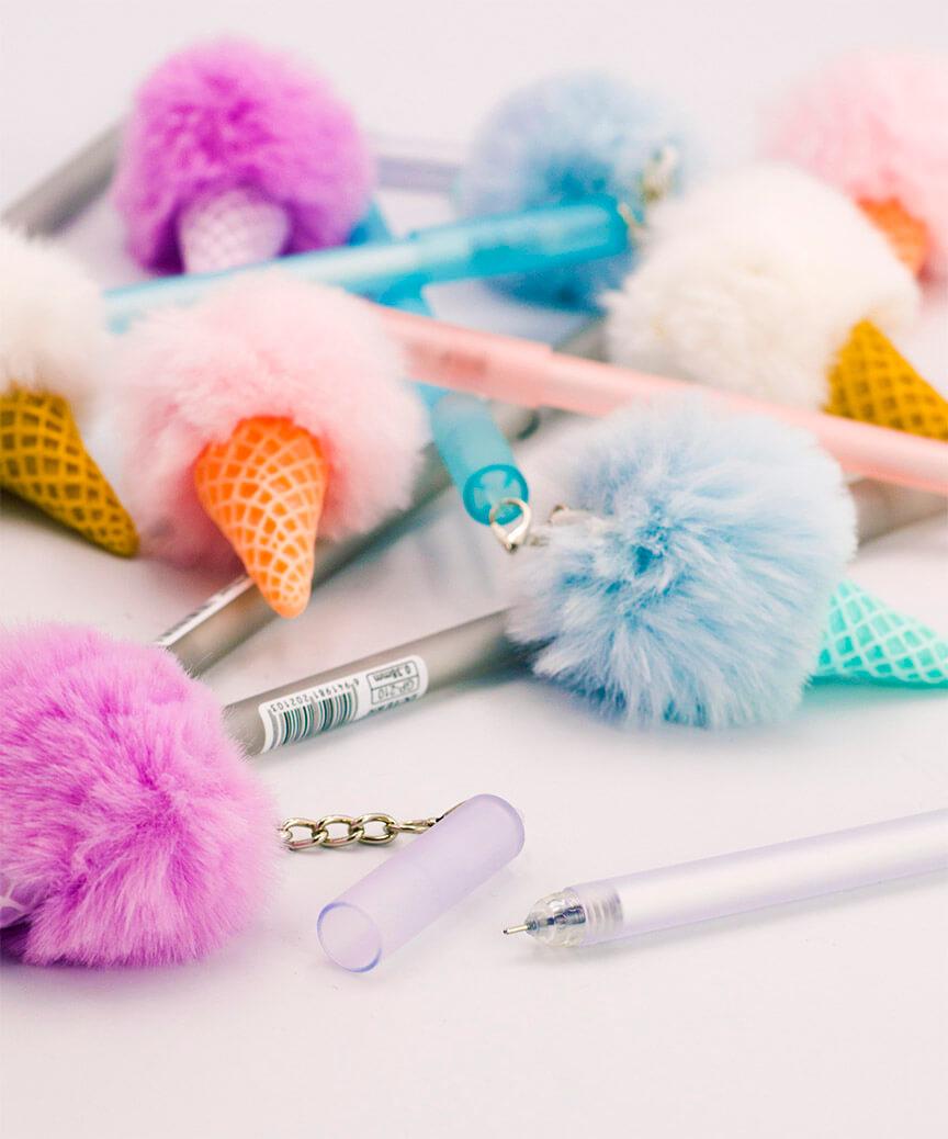 Ручка детская гелевая синяя GP-210F меховой шарик мороженое